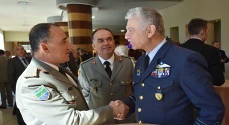 Ο Αρχηγός ΓΕΕΘΑ στον εορτασμό των δέκα ετών από την ένταξη στο ΝΑΤΟ της Αλβανίας