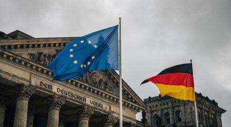 Σχεδόν το ένα τρίτο των Γερμανών έχει αρνητική άποψη για την ΕΕ ενόψει των ευρωεκλογών
