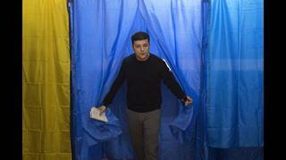 Ο κωμικός Βολοντίμιρ Ζελένσκι νικητής στον πρώτο γύρο των ουκρανικών προεδρικών εκλογών