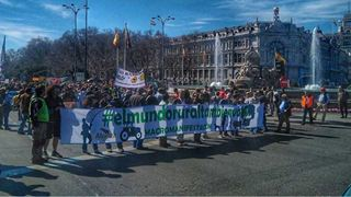 Μεγάλη διαδήλωση διαμαρτυρίας στη Μαδρίτη για την ερήμωση των αγροτικών περιοχών