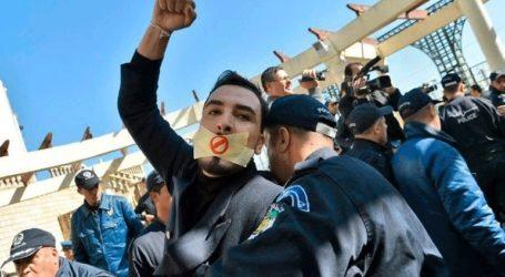 Απελάθηκε δημοσιογράφος του πρακτορείου Reuters