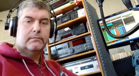 «Στο λεπτό» με τoν ραδιοφωνικό παραγωγό Ναπολέοντα Πράπα