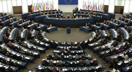 «Ανυπότακτη Θεσσαλία»: Όχι στους μηχανισμούς ελέγχου του διαδικτύου που θεσπίζει η Οδηγία των ευρωπαϊστών για το Copyright»