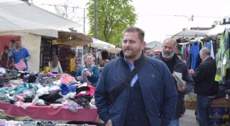 Περιοδεία του υπ. δημάρχου Λάρισας Κρίκη Πέτρου στη λαϊκή αγορά της Νεάπολης