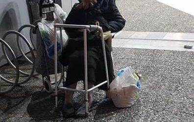 Η αλήθεια για την ηλικιωμένη που βρίσκει στέγη στο Νοσοκομείο Βόλου