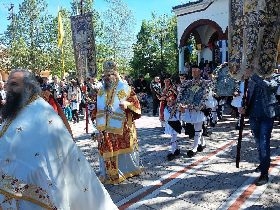 Λαμπρές εκδηλώσεις προς τιμήν του Αγίου Γεωργίου στη Νίκαια (φωτό)