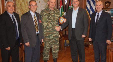 Εθιμοτυπική επίσκεψη της ΕΑΑΣ Λάρισας στο Διοικητή της 1ης Στρατιάς