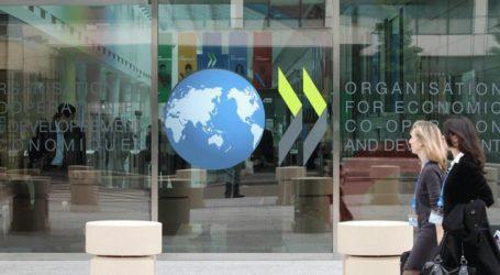 Η μεσαία τάξη «συμπιέζεται» στις χώρες του ΟΟΣΑ, σύμφωνα με έκθεση του Οργανισμού