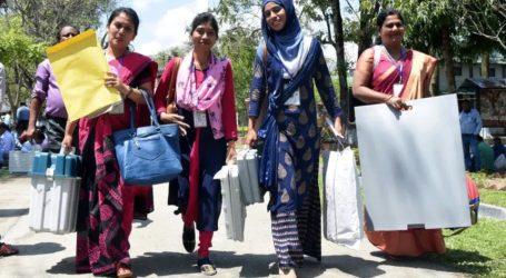 «Κάθε ψήφος μετράει» – Η Ινδία διεξάγει τις μεγαλύτερες εκλογές στην ιστορία