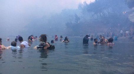 Οι συγκλονιστικές περιγραφές ιδιοκτήτη βάρκας που έσωσε 150 ανθρώπους στο Μάτι