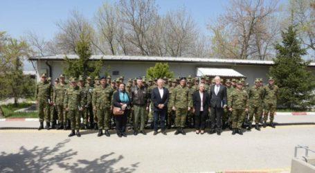 Επίσκεψη του ΥΠΕΘΑ και της στρατιωτικής ηγεσίας στην Ελληνική Δύναμη Κοσσυφοπεδίου
