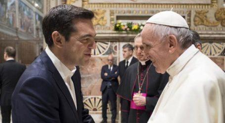 O Πάπας Φραγκίσκος προτείνει τον Αλέξη Τσίπρα για το βραβείο Νόμπελ
