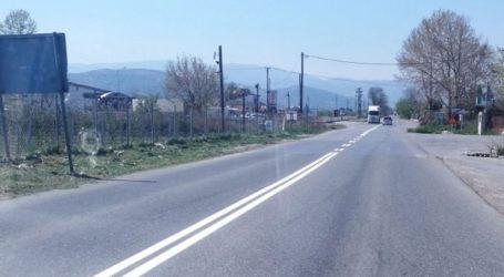 Ολοκληρώνονται οι εργασίες διαγράμμισης σε τμήματα του οδικού δικτύου της Πέλλας