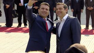 Τα ρωσικά μέσα ενημέρωσης χαρακτηρίζουν «ιστορική» την επίσκεψη Τσίπρα στη Βόρεια Μακεδονία