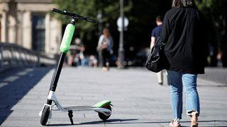 Διαφορετικές στάσεις από Παρίσι – Βερολίνο απέναντι στα ηλεκτρικά πατίνια