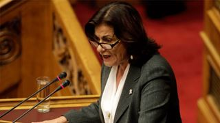 Ξεκινά η εφαρμογή του νέου νόμου για την αναδοχή και την υιοθεσία