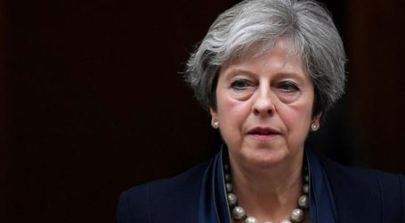 Η Μέι ζητά παράταση έως 30 Ιουνίου για το Brexit