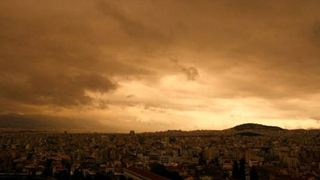 Ισχυρές καταιγίδες και λασποβροχή θα πλήξουν την Αττική και την Κρήτη το Σάββατο