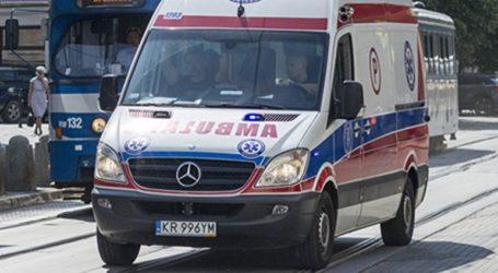 Τρένο παρέσυρε ασθενοφόρο στην Πολωνία- Δύο γιατροί νεκροί