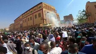 Ένας νεκρός στις αντικυβερνητικές διαδηλώσεις