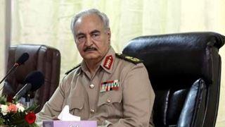 Οι δυνάμεις του Χάφταρ εξαπέλυσαν αεροπορική επιδρομή σε προάστιο της Τρίπολης