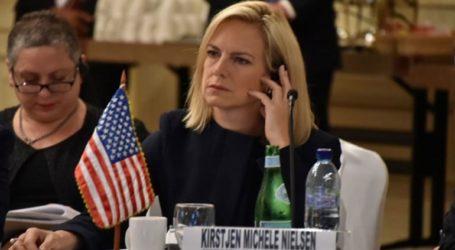 Η υπουργός Εσωτερικής Ασφαλείας Κίρστεν Νίλσεν αναμένεται να παραιτηθεί