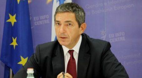 Τα διαπιστευτήριά του στον Τραμπ παρουσίασε ο νέος πρεσβευτής της Ε.Ε. στην Ουάσινγκτον Σταύρος Λαμπρινίδης