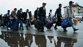 Οι αφίξεις μεταναστών έφθασαν σε ιστορικό χαμηλό