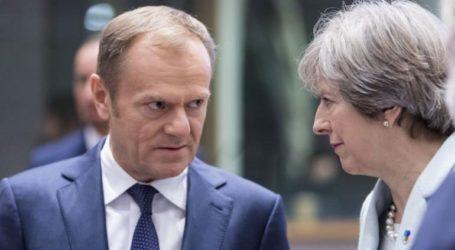 Να μην σπαταλήσει τον επιπλέον χρόνο που της έδωσε η Ε.Ε. προτρέπει τη Βρετανία ο Τουσκ