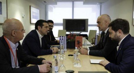 «Ο σεβασμός των δικαιωμάτων της ελληνικής μειονότητας κεντρικό κριτήριο για την ενταξιακή πορεία της Αλβανίας στην Ε.Ε.»
