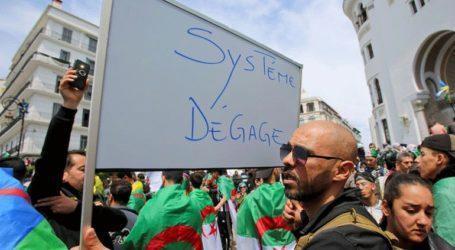 Ογκώδεις διαδηλώσεις κατά της «κυβερνώσας ελίτ»