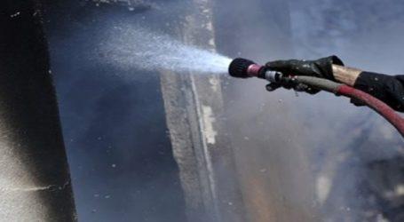 Καίγεται εγκαταλελειμμένη επιχείρηση στο Ηράκλειο