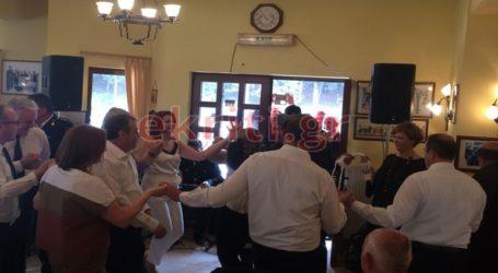 Οι χοροί της υπουργού στ' Ανώγεια