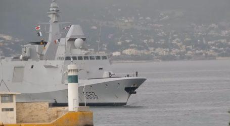 Μεταφορά 494 προσφύγων από το Βαθύ Σάμου στον Πειραιά με 2 αρματαγωγά