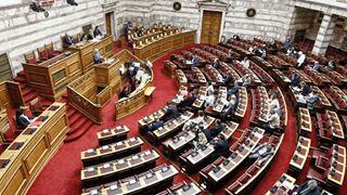 Αντιπαράθεση για το νομοσχέδιο για τις Ένοπλες Δυνάμεις