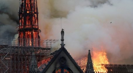 Δηλώσεις Σολτς και Βέμπερ για την πυρκαγιά στην Παναγία των Παρισίων