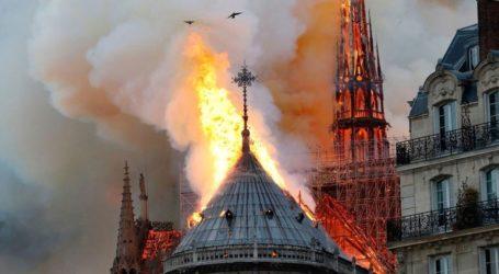 Το νερό είναι, μετά τη φωτιά, ο μεγαλύτερος εχθρός που απειλεί την Παναγία των Παρισίων