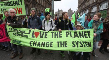 Δεύτερη ημέρα διαδηλώσεων για το κλίμα στο Λονδίνο