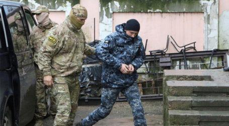 Παρατείνεται με δικαστική απόφαση η προφυλάκιση τεσσάρων από τους 24 Ουκρανούς ναύτες
