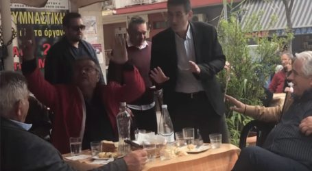 Έντονες αποδοκιμασίες κατά του υποψηφίου του ΣΥΡΙΖΑ Χρήστο Γιαννούλη στα Γιαννιτσά