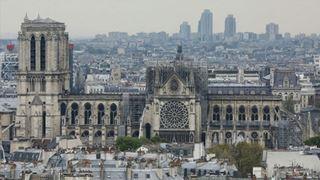 Η χώρα αποτίει φόρο τιμής στους «ήρωες» που έσωσαν την Παναγία των Παρισίων