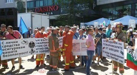 Χιλιάδες εργαζόμενοι αντιμέτωποι με καθυστέρηση καταβολής μισθού