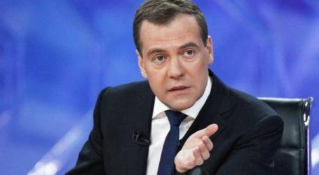 «Ευκαιρία» να βελτιώσουμε τις σχέσεις μας με την Ουκρανία μετά την εκλογή του Ζελένσκι