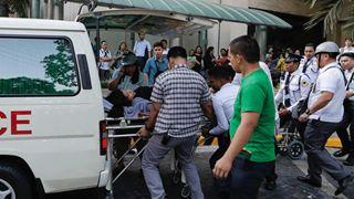 Φιλιππίνες: Τουλάχιστον οκτώ νεκροί – Φόβοι για δεκάδες παγιδευμένους στα συντρίμμια μετά τον σεισμό