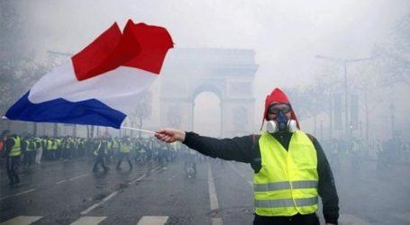 Το 60% των Γάλλων θέλει να σταματήσουν οι κινητοποιήσεις των «κίτρινων γιλέκων»