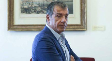 Τους πολίτες να προσέλθουν στις κάλπες των ευρωεκλογών κάλεσε ο Στ. Θεοδωράκης
