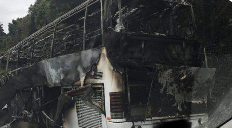 Κάηκε ολοσχερώς τουριστικό λεωφορείο στην Κέρκυρα