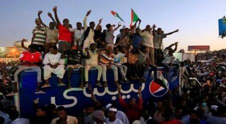 Συμφωνία διαδηλωτών και στρατού για το σχηματισμό μικτού συμβουλίου