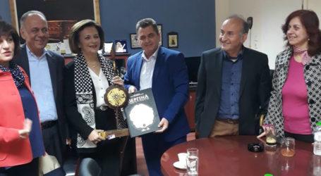 Επίσκεψη της Υφυπουργού Εσωτερικών Μ. Χρυσοβελώνη στο Συμβουλευτικό Κέντρο Βέροιας