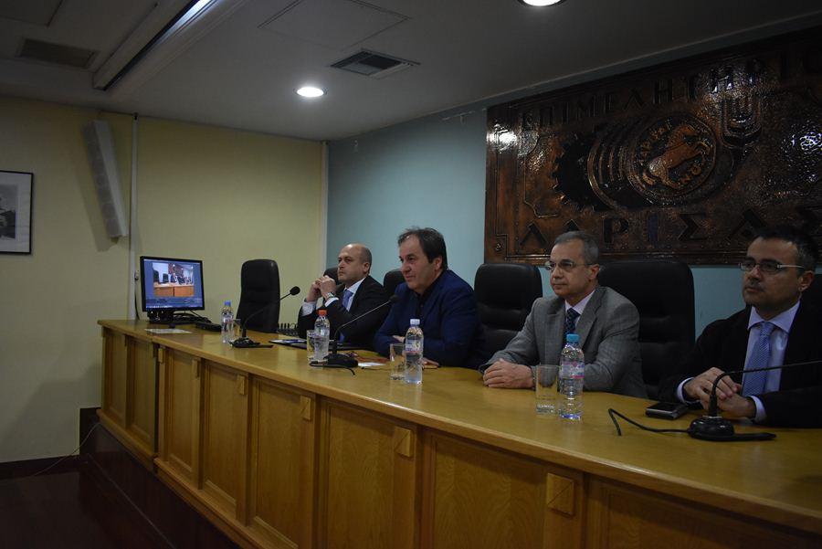 Για τα χρηματοδοτικά εργαλεία πληροφορήθηκαν ενδιαφερόμενοι Λαρισαίοι στο Επιμελητήριο Λάρισας παρουσία Κόκκαλη (φωτο)